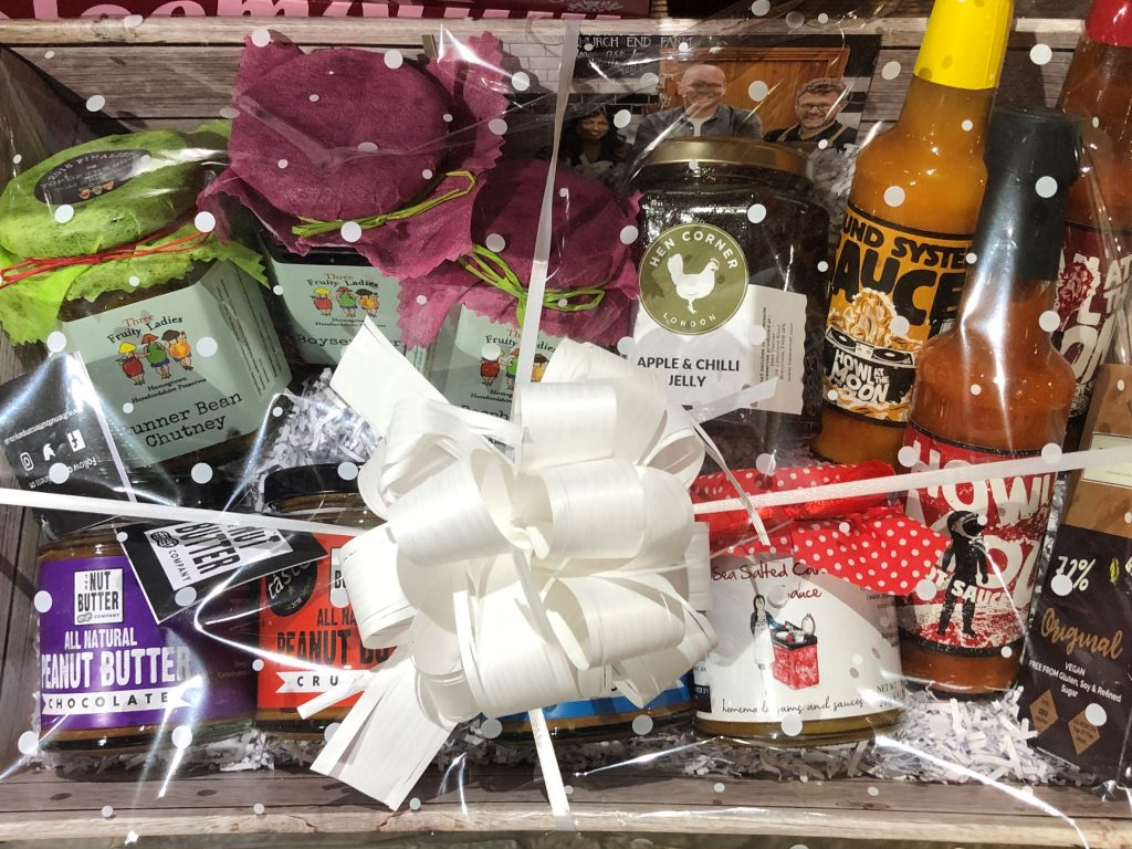TOP OF THE SHOP HAMPER