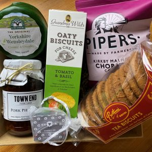 Farm Shop Cheese & Biscuits